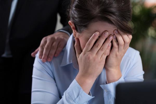 Mobing v práci: Nestaňte sa obeťou šikany, takto proti nej bojujte