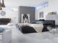 Dramaticky kovový efekt interiéru