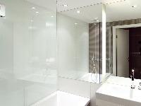 Elegantnú aprakticky vyriešenú kúpeľňu