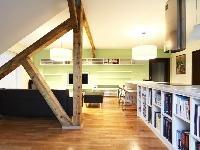 Pohľad zpracovne do obývačky.