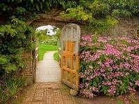 Vmalej záhrade sa sústreďte