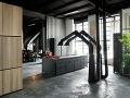 Milánsky paradox: Svetlý loft