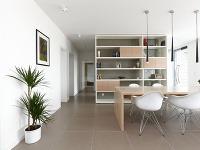 Všetok nábytok bol vyrobený