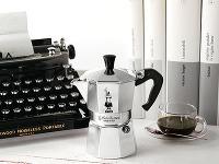 Pôvodný kávovar Moka Express,