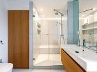 Veľký sprchový kút svymurovaným