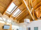 Strešné okná poskytujú domu