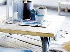 Supernízky stolík, pri ktorom