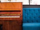 Klavír vprvej miestnosti je