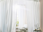 romantická postel z baldachýnom