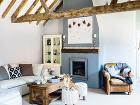 Obývačka. Staré dubové krokvy
