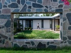 Jednopodlažný dom s obývačkou