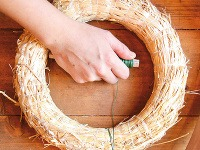 Koniec drôtu dlhý asi