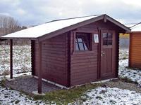 Malý záhradný domček sprístreškom