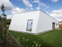 Slnečný komfortný dom v