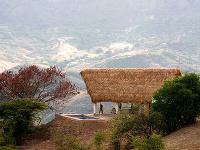 Pekná a tradičná: Palmová strecha ochráni obyvateľov domu aj pred silným vetrom