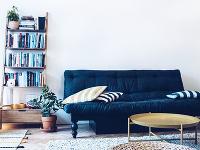 Rozkladacia pohovka v obývačke