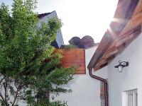 Renesančná dlažba na dvore