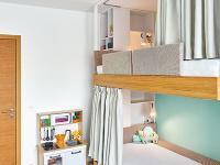 Poschodová posteľ vdetskej izbe