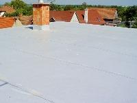 PVC je termoplastický materiál