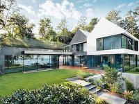 Náročný rodinný dom, ktorý skĺbil mimoriadne funkcie so netradičnými záľubami majiteľa