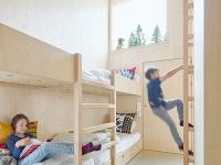Detskú izbu tvoria poschodové