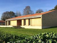 Jednoduché riešenie pre rodinný život na vidieku? Odpoveďou môže byť aj tento dom