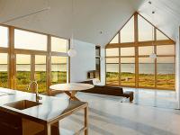 Pokojné útočisko v prírode pri vode: Snívate aj vy o podobnom bývaní?