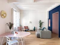 Renovácia a prestavba dvojizbového bytu s ojedinelým poňatím dizajnu a farieb