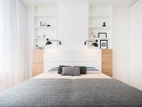 Spálňa, v ktorej dominuje