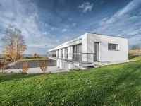 Elegantný dom na veľkolepom