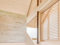 Drevené schodisko v drevostavbe
