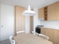 posuvné dvere medzi kuchyňou