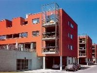 Zasklené balkóny ako dominantný