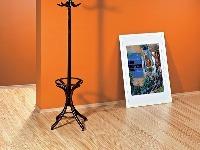 Renovácia lakovanej drevenej podlahy