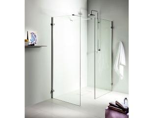 Sprchovacie kúty Next sú vponuke vo štvrťkruhovom aštvorcovom vyhotovení (80 a90 cm), na výber sú tiež krídlové dvere do niky akombinácie spevnou bočnou stenou. Novinkou je tzv. walk-In kút, vktorom sa kombinujú len pevné steny rôznych rozmerov. Spr