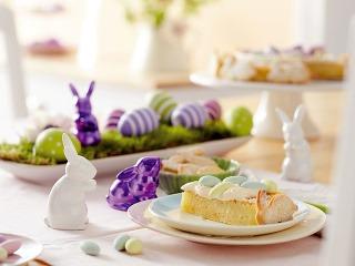 Dekoračné zajačiky zglazovaného porcelánu