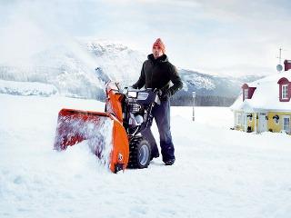 Najvýkonnejšia snehová fréza Husqvarna