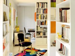Nábytok súlohou navyše. Architekt