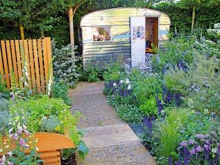Najdôležitejšími súčasťami záhrady sú