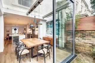 Vkusné rozšírenie domu v