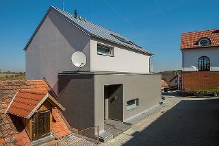 Dvojgeneračný dom na pozemku