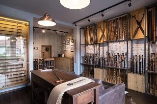 Showroom vychádzkových palíc