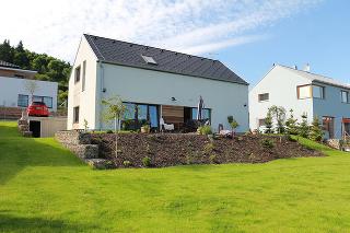 Dom Na Výsluní nie je nutné zatepľovať a pritom spĺňa všetky požiadavky moderného, lacného a zdravého bývania.