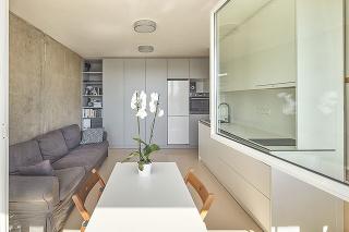 Z malej garsónky plnohodnotný byt, ktorý neslúži len na prespávanie