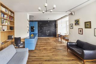 Premena štvorizbového tehlového bytu v rohovom dome