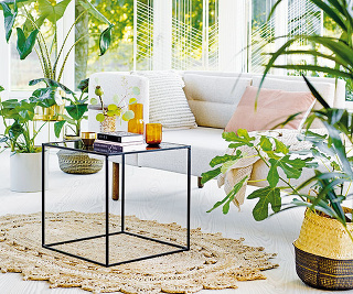 Pohovka Ellen Sofa, dub, polyester, 153 × 80 × 75 cm, 1799 €, www.bloomingville.com