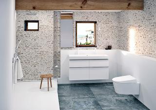 Prírodný kameň vyzerá krásne v exteriéri aj interiéri. Ide o stáročiami overený materiál, ktorý sa pôvodne používal najmä ako stavebný prvok, no postupne aj ako základné spojenie pri kvalitnom nadčasovom interiérovom dizajne.