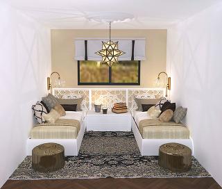 Tisíc ajedna noc Hlavnú úlohu vspálni hrajú textílie adoplnky vmetalických odtieňoch. Výrazné spoločné čelo postelí, orientálny koberec ataburety vytvorili dovolenkové útočisko.