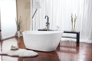 Pekné výhľady. Voľne stojaca vaňa bude dominantou každej väčšej kúpeľne. Môžete ju natočiť podľa ľubovôle – napríklad tak, aby ste si počas kúpeľa vychutnávali pekný výhľad do záhrady.