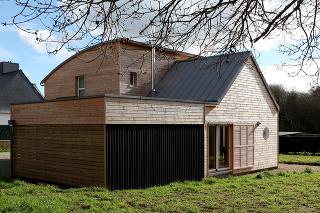 Rodinný dom z prírodných materiálov